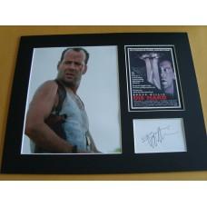 Bruce Willis - Die Hard.